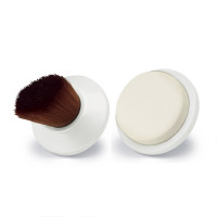 Revlon Ultimate Glow Foundation & Sponge Brushes